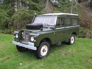 1971 Land Rover Defender Safari Station